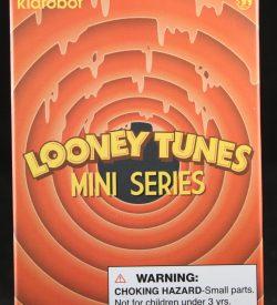 Kidrobot, Looney Tunes Mini Series, Blind Box
